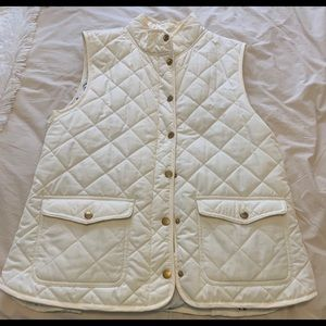 Puffer vest with anchor detail